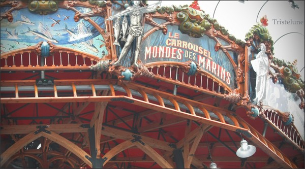 http://anicroche.cowblog.fr/images/Photos2/carrousel.jpg