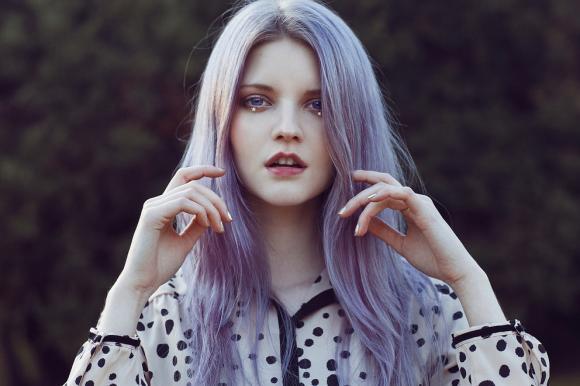 http://anicroche.cowblog.fr/images/div/purplehair.jpg
